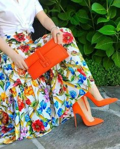 casual womens fashion which are hot. Fashion Mode, Modest Fashion, Fashion Dresses, Womens Fashion, Fashion Trends, Ladies Fashion, Fashion Ideas, Paris Chic, Classy Outfits