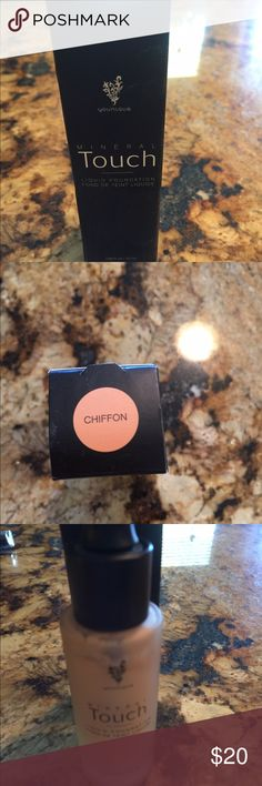 Younique foundation Younique foundation new in box chiffon Younique Makeup Foundation