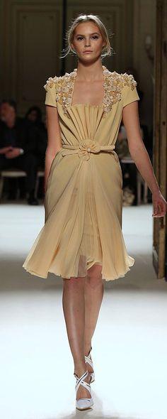 Georges Hobeika Primavera-Estate 2012 - Alta moda - http://it.orientpalms.com/georges-hobeika-2495