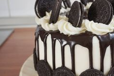 Chocolate OREO Cake Recipe [OC] [5456x3632]