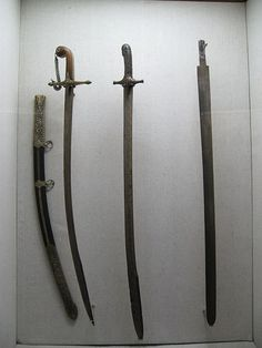 Category:Weapons in the Armory Exhibition Hall, Topkapı Palace Swords And Daggers, Knives And Swords, Arming Sword, Types Of Swords, Before The Fall, Arm Armor, 16th Century, Palace, Weapons