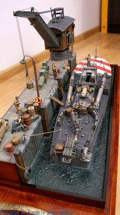 M.A.S 568 4a Serie, Maßstab: 1:35 | Erbauer: Michael Tafil | #Diorama #Modellbau #Schiff #Kai #1_35 #Militär #Torpedoboot #MAS_568 #Michael_Tafil | Quelle: http://afv-diorama.blogspot.de/2013/11/mas-diorama-end.html | Modellerklärung: http://modelingmadness.com/review/misc/ships/italy/reynoldsmas.htm | Handel: http://shop.italeri.com/Products/6474-5608-mas-568-4a-serie.aspx