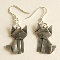 Silver Origami Kitty Earrings by AllegroArts on Etsy...@Tiphini Carroll  Girl looks at these cats! Purchase these for me please? =^.^=