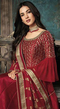 Pure Silk Bell Sleeve Style Anarkali Suit for Wedding Pakistani Wedding Dresses, Pakistani Outfits, Bridal Dresses, Wedding Outfits, Pakistan Bride, Pakistan Wedding, India Wedding, Bridal Photoshoot, Bridal Pics