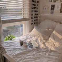 home workout room bedrooms \ home workout room ` home workout room ideas ` home workout room small ` home workout room decor ` home workout room basement ` home workout room ideas small spaces ` home workout room design ` home workout room bedrooms Decoration Bedroom, Boho Bedroom Decor, Bedroom Inspo, Wall Decor, Diy Wall, Decoration Design, Teenage Room Decor, Dream Rooms, Dream Bedroom