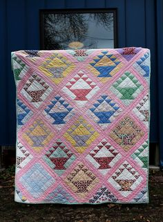 Vintage Feedsack Basket Quilt: NOT white sashing, block backgrounds various colors