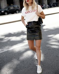 Black Leather Skirt With Front Button and Belt Stylish Outfits, Cool Outfits, Summer Outfits, Fashion Outfits, A Line Mini Skirt, Mini Skirts, Mode Chic, Inspiration Mode, High Fashion