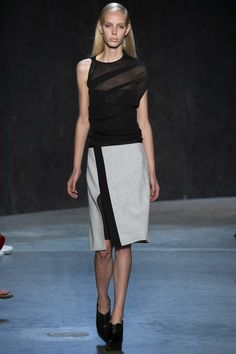 Narciso Rodriguez Spring 2017 Ready-to-Wear Fashion Show - Jessie Bloemendaal