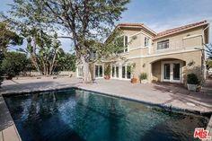 421 North Robinwood Drive, Brentwood, Los Angeles, CA, 90049 // 5 Beds, 5 Baths, 1 Half Bath | $4,199,000