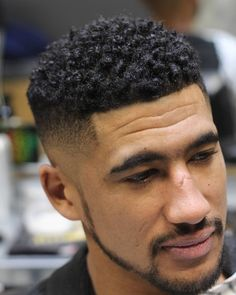 These are the coolest haircuts for men with curly hair, cut and styled by the best barbers around the world. Get a fresh new look! Older Mens Hairstyles, Black Men Haircuts, Haircuts For Curly Hair, Cool Haircuts, Hairstyles Haircuts, School Hairstyles, Tight Curly Hair, Black Curly Hair, Curly Hair Men