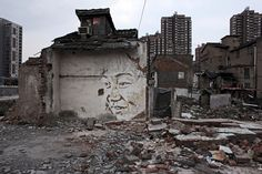 Faces painstakingly scratched into the surfaces of walls in Shanghai, by Vhils (Alexandre Farto). Watch the trailer for the film about Vhils' Shanghai, Trip Hop, Banksy, Pompidou Paris, Urban Intervention, London Art, Street Art Graffiti, Street Artists, Public Art