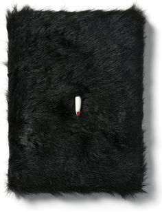Sería más feliz o menos , 2009 Mixed media, terracotta, cloth, 33 x 24 cm