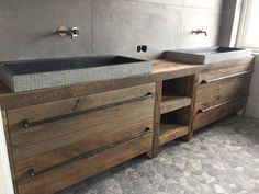 ... Cabin Bathrooms, Rustic Bathrooms, Bad Inspiration, Bathroom Inspiration, Diy Interior, Bathroom Interior, Bad Styling, Modern Bathroom Design, Bathroom Styling