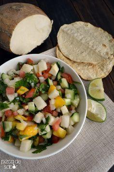Ensalada o ceviche de jícama con mango | http://www.pizcadesabor.com/2014/04/07/ensalada-o-ceviche-de-jicama-con-mango/