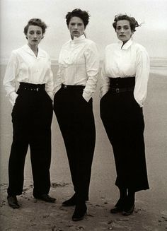 ∴ Trios ∴ the three graces & groups of 3 in art and photos - Peter Lindbergh
