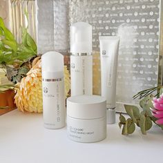 Does Using Anti Aging Skin Cream Work - Nu Skin Ageloc, Younger Looking Skin, Skin So Soft, Skin Care Regimen, Beauty Care, Beauty Box, Anti Aging Skin Care, Skin Products, Cleanses