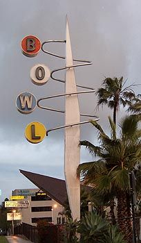 Googie Architecture / Googie Style: Googie bowling alley.