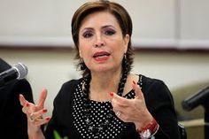 Rosario Robles, secretaria  Lizeth Velazquez