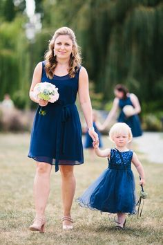 Beautiful bridesmaid Anna wearin the sleeveless version of the Amber dress in Navy by Sally Eagle. Photo Credit: Chris Garden #wedding #bridesmaid #sallyeaglebridal #vintage #lace