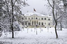 Savarsin sous la neige - Noblesse & Royautés Noblesse, Photos, Snow, History, Outdoor, Romania, Princess, Landscape, Photography
