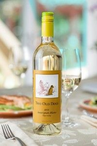 Sauvignon Blanc Pairing - Lemon Chicken Salad with Orzo, Spinach, Sundried Tomatoes, Feta & Kalamata Olive with 2013 Two Old Dogs Sauvignon Blanc - See more at: http://bit.ly/1oKC962
