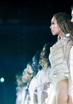 """Queen Beyonce. beyhive1992: """" London, 02/07, Show 1 """" #pinup #pin up"""