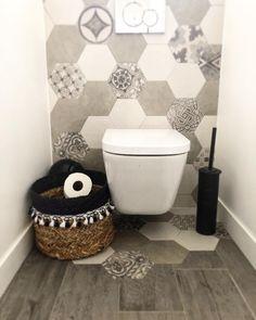 Image may contain: indoor Basin Sink Bathroom, Laundry In Bathroom, Small Bathroom, Wc Design, Floor Design, Design Ideas, Diy Bathroom Decor, Bathroom Interior Design, Toilette Design