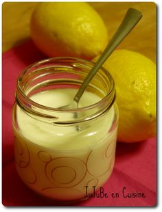 Yaourt au citron maison 0% (ou pas) avec ou sans yaourtière Homemade Yogurt, Homemade Desserts, No Bake Desserts, Delicious Desserts, Dessert Recipes, Beignets, Flan Dessert, Cooking Time, Cooking Recipes