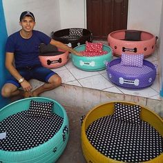 A young man's passion to help the environment inspired him to upcycle old tires by turning them into cute pet beds. Local dog charities love it! Diy Dog Bed, Diy Bed, Dog Charities, Dog House Bed, Used Tires, Dog Furniture, Kitchen Furniture, Comfort And Joy, Pet Beds