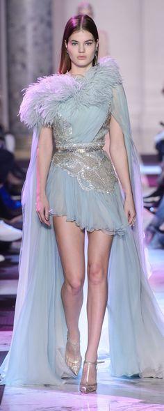 Elie Saab Printemps-été 2018 - Haute couture - http://fr.orientpalms.com/Elie-Saab-7033 - ©ImaxTree