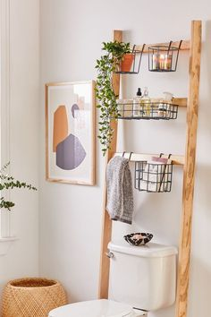 diy storage ideas for small bedrooms space saving Small Bathroom Storage 476537204322942747 - Devon Bath Leaning Storage Rack Source by valivaloche Decor Room, Diy Home Decor, Bedroom Decor, Urban Home Decor, College Bathroom Decor, College Apartment Bathroom, Rental Bathroom, Bathroom Renovations, Remodel Bathroom