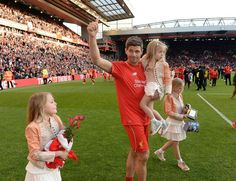 Watch Steven Gerrard's lap of honour and emotional farewell to Liverpool fans - Liverpool Echo
