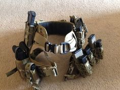 Battle belt with drop leg rigs