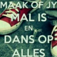 Maak of jy mal is Funny Humor, Funny Stuff, Funny Quotes, Afrikaans, Funny Pictures, Language, Jokes, Sayings, Wall