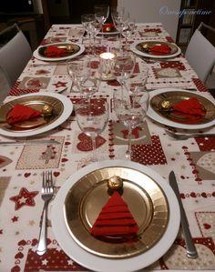 Christmas Dining Table, Christmas Candle Decorations, Christmas Fireplace, Christmas Table Settings, Farmhouse Christmas Decor, Christmas Tree Themes, Elegant Christmas, Rustic Christmas, Christmas Entertaining
