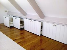 Beste afbeeldingen van zolder kasten attic organization