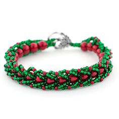 Create a Magical Christmas Bracelet this holiday season using festive red and green beads in popular flat spiral rope!