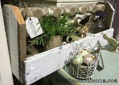 Flea market flips 480759328973373570 - 18 Things You Should ALWAYS Buy at Vintage Flea Markets Source by Old Tool Boxes, Wood Tool Box, Wooden Tool Boxes, Wood Boxes, Wood Projects For Beginners, Diy Wood Projects, Garden Projects, Garden Tools, Garden Ideas