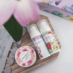cosmética natural Packaging, Tableware, Face Care, Natural Cosmetics, Dinnerware, Dishes, Wrapping, Place Settings
