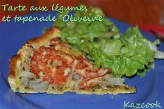 une tarte à la tapenade Aperovençal http://kazcook.com/blog/archives/873-Tarte-aux-legumes-et-tapenade-Oliveine.html