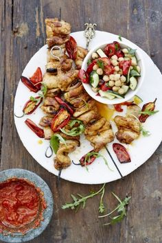 NOMU is an original South African food and lifestyle concept by Tracy Foulkes. Pesto, Spatchcock Chicken, Chickpea Salad Recipes, Chicken Skewers, Family Meals, Healthy Eating, Cooking Recipes, Poultry, Stuffed Peppers