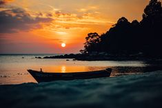 Sunset landscape right in front of Adang Island Resort, Koh Adang, Thailand