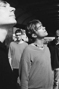 See Blur pictures, photo shoots, and listen online to the latest music. Blur Picture, Blur Photo, Damon Albarn, Hello My Love, Teenage Dirtbag, Jamie Hewlett, Man Thing Marvel, Britpop, Light Of My Life