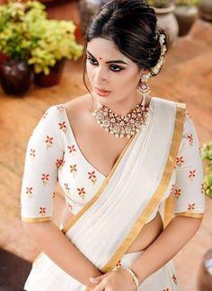 Indian Desi beauties Indian beautiful girl – Indian Desi Beauty – Indian Beautiful Girls and Ladies Beautiful Girl Indian, Most Beautiful Indian Actress, Beautiful Saree, Beautiful Actresses, Simply Beautiful, Beauty Full Girl, Beauty Women, White Saree, Black Saree