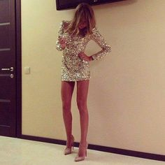 My style. Shimmering bodycon dress