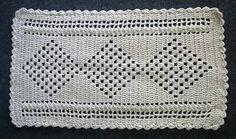 Resultado de imagem para tapete de croche simples