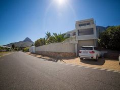 Finchley House - Finchley House is a stunning guest house with panoramic sea and mountain views, situated in Camps Bay.  The guest house is a short walk from the trendy Camps Bay beachfront, with its various shops and ... #weekendgetaways #campsbay #southafrica