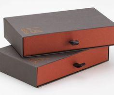 #Crush #Favini #Boxes @scatoleduegi http://www.scatoleduegi.it/ - Share it on Twitter https://twitter.com/favini_en/status/573832918583373824