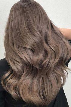 Ash Brown Hair : le balayage pour brunes ultra-tendance qui nous fait de l'oeil cet hiver...