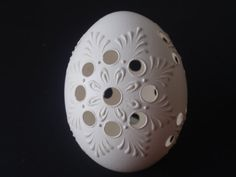 Easter Eggs Set of 3 Traditional Slavic Carved and by EggstrArt Eastern Eggs, Carved Eggs, Brown Colors, Easter Egg Crafts, Egg Art, Chicken Eggs, Eggshell, Green And Brown, Sketch